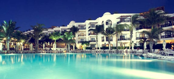 Princesa Yaiza hotel pool